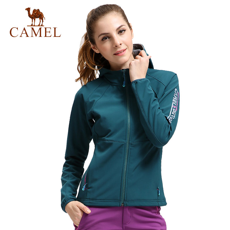 цена на CAMEL Women Winter Fleece Softshell Jacket Outdoor Waterproof Coat Hiking Ski Trekking Camping Female Windbreakers