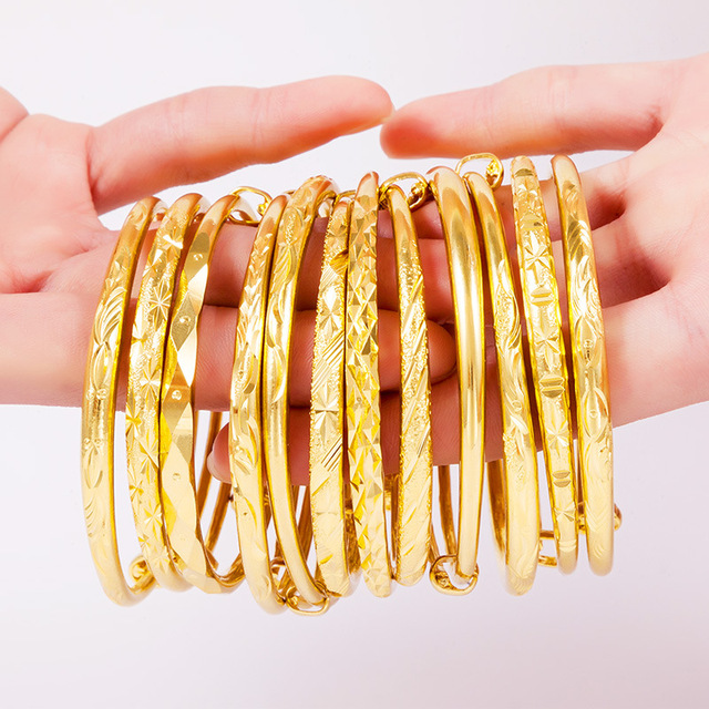 Fashion Alloy Jewelry Bangles Women S Cold Color Vietnam Alluvial Gold 12 Style Babysbreath Luxury Ball Party