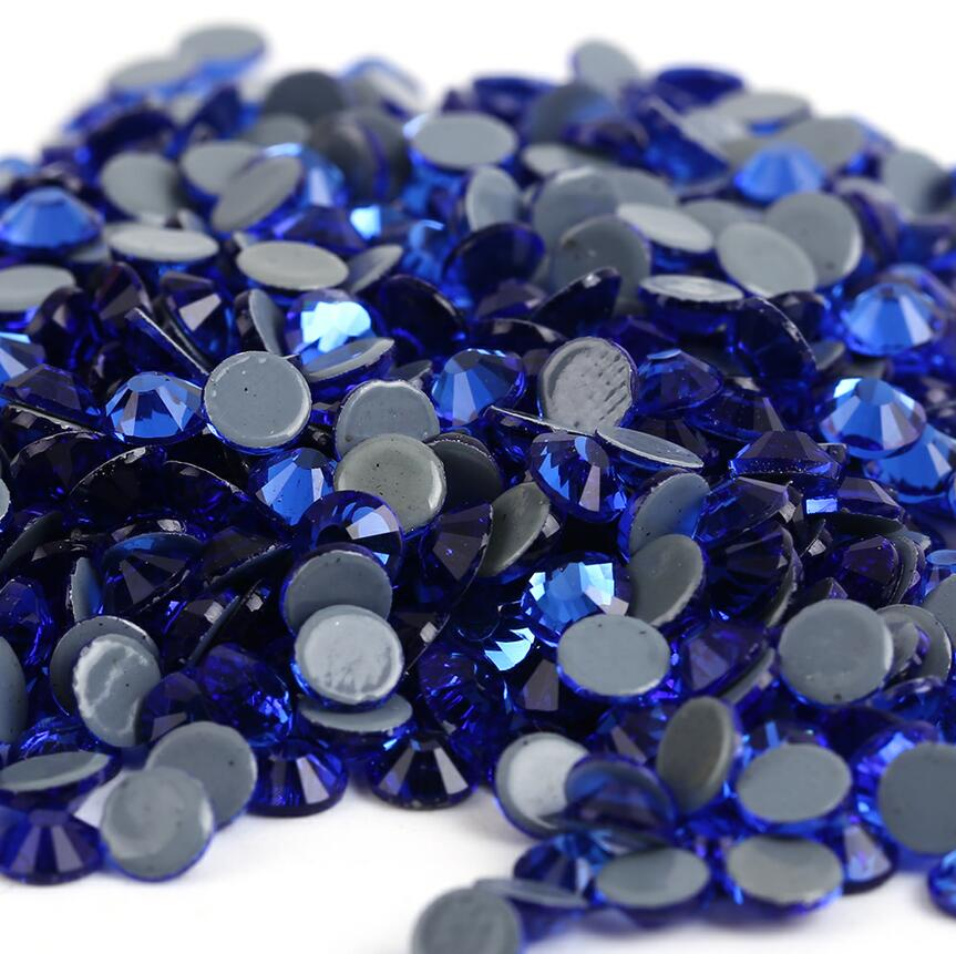 Все размеры 40 цветов кристалл AB исправление стразы, Стекло Стразы исправленное железо на Стразы для дизайна ногтей шитье и ткань Decoretion - Цвет: Sapphire