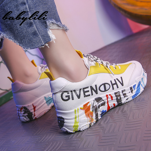 2019 Fashion White Sneakers for Women Breathable Graffiti Platform Sneakers Luxury Shoes Women Designers Womens Vulcanize Shoes Karachi