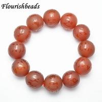 20mm tamanho Grande do Homem Pulseira Natural Red Stone Beads Elastic Linha Esculpida palavras Om mani padme hum Jóias