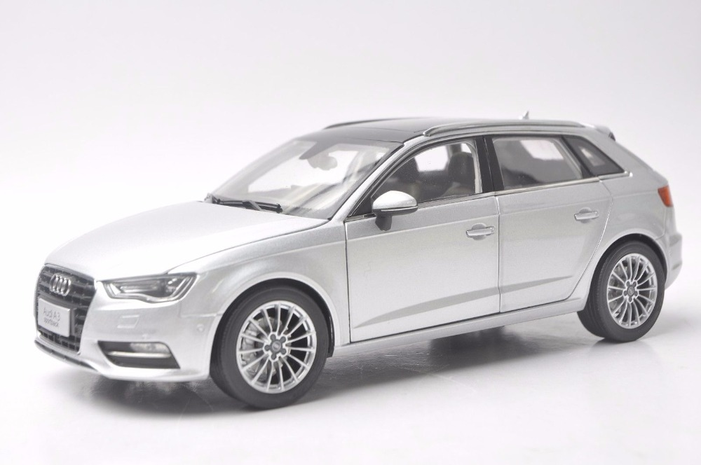 1:18 Diecast Model for Audi A3 Sportback Silver SUV Alloy Toy Car Miniature Collection Gift 1 18 vw volkswagen teramont suv diecast metal suv car model toy gift hobby collection silver