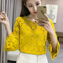 High quality hollow out  Cropped Women lace blouse Short Sleeve chiffon shirts round neck Casual ruffle blouses Tops 113A