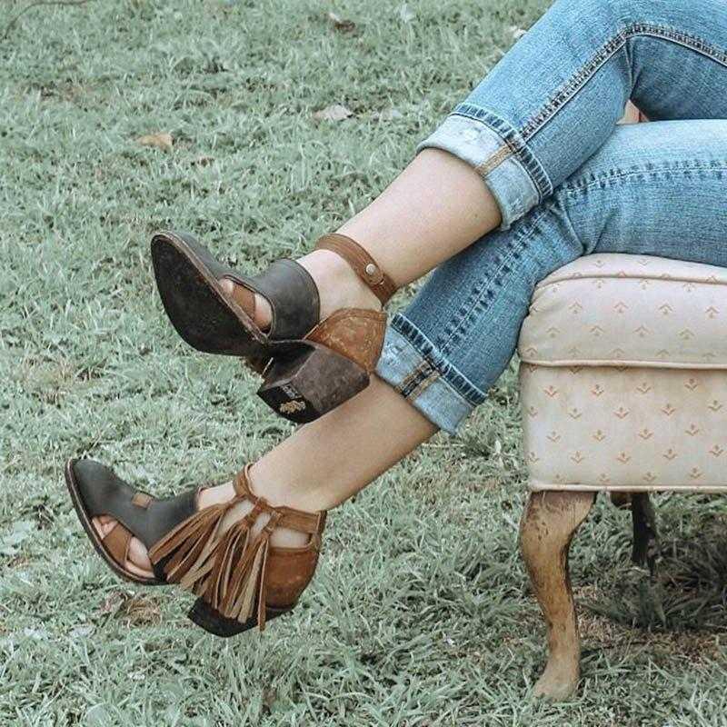 Botas de verano para mujer con borla de tacón medio zapatos de cuero PU botines con hebilla de remaches zapatos diarios botas cortas Mujer