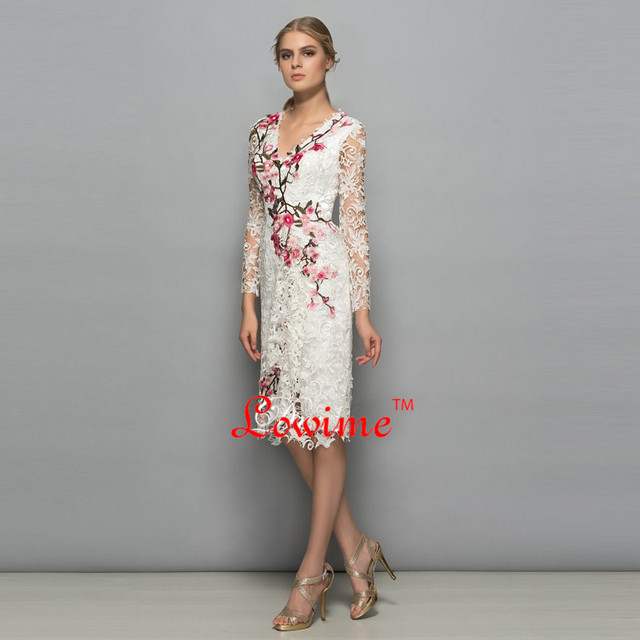 2017 Latest Sheer Lace Dress Knee-length with Vintage Embroidery Flowers Elegant Cocktail Dresses Vestidos Formal Party Dresses