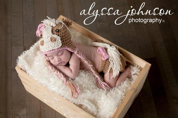 Potro de la historieta recién nacido sombrero, bebé caballo