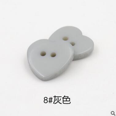 Красивые 1 лот = 100 шт полимерные кнопки в форме сердца 2 отверстия пластиковые кнопки Швейные аксессуары для одежды DIY для детской одежды кнопка мешок - Цвет: 8-grey