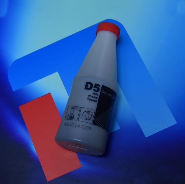 Gratis Bezorging Hoge kwaliteit compatibel D5 black Developer voor OCE D5 TDS400 450 TDS600 320 300 9600 1650g per fles - 2