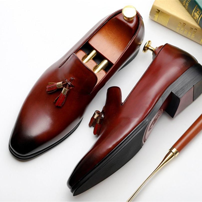 Men brand Italian shoes fashion mens dress shoes genuine leather tassel black Burgundy wedding male shoes 2018 Phenkang