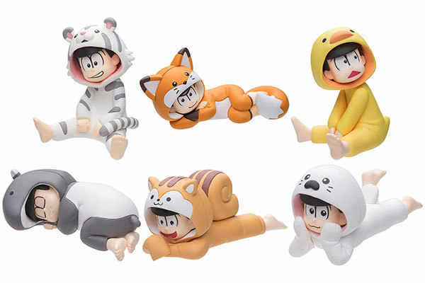 4.5 cm 6 pçs/lote anime Japonês figura mini Osomatsu San animal dormir roupas ver action figure collectible modelo brinquedos