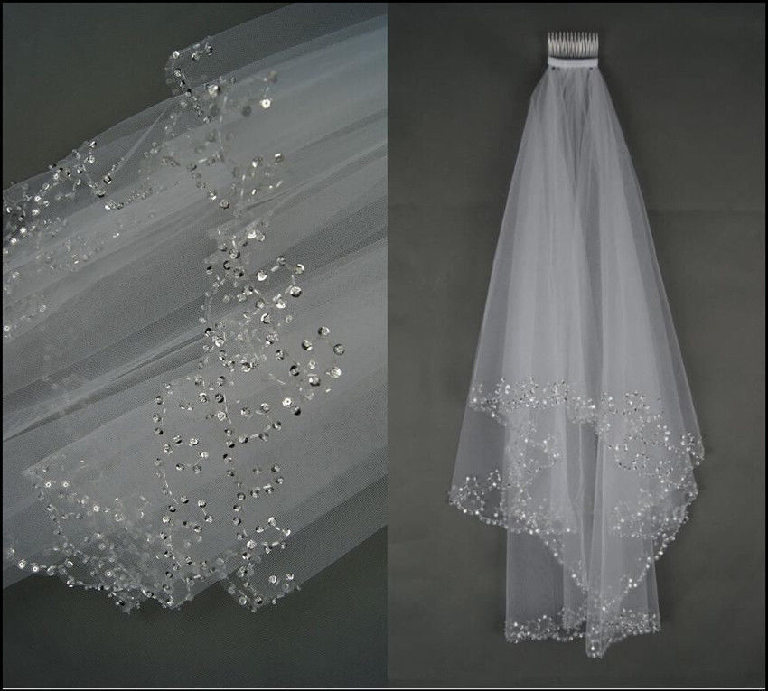 2018 New White Ivory 2 Layers Beaded Edge Sequins Short Wedding Veil With Comb