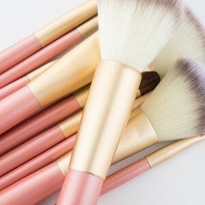Image 3 - RANCAI Hohe Qualität Make Up Pinsel Set 12 stücke Foundation Powder Blush Lidschatten Kosmetische Werkzeuge Mit Leder Tasche