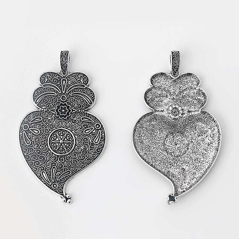 6 Luna y corazón encantos Tono Plata Antigua M20