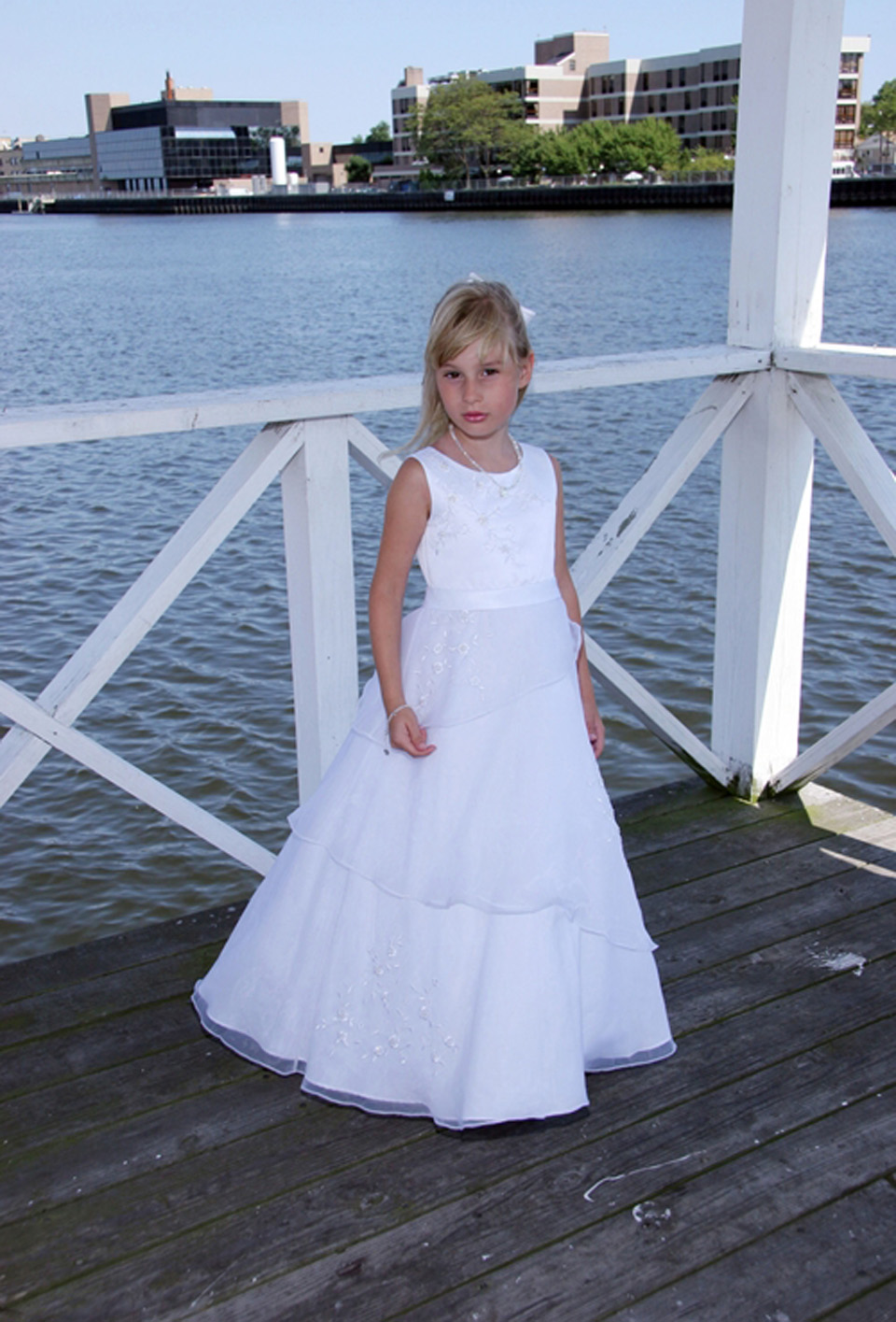 ФОТО Charming Ball Gown Tiered Beading Crystal Crew neckline Straps Lace Floor-length Tulle Flower Girl Dresses