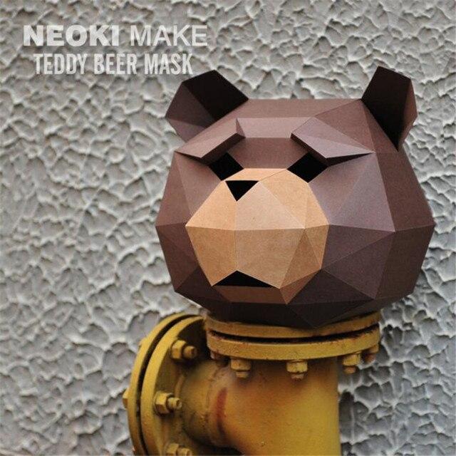 Маска ручной работы Медведь