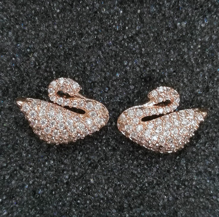 2018 NEW Luxury brand Sale Authentic 925 silver Earring Allure Crystal from Austrian Swan Fashion Jewelry