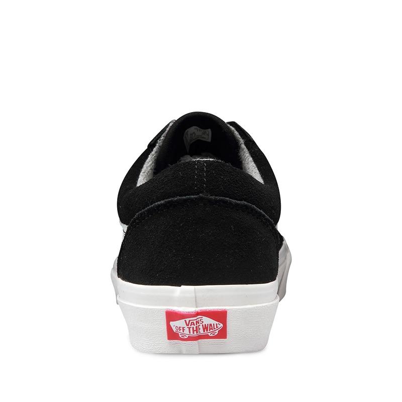 Asli Pria   Wanita Sepatu Vans Skoo Tua Warna Hitam dan Putih Sepatu  Skateboard Keras Memakai Sepatu Olahraga Sneakers gratis Pengiriman di  Sepatu ... c3d3791e3b