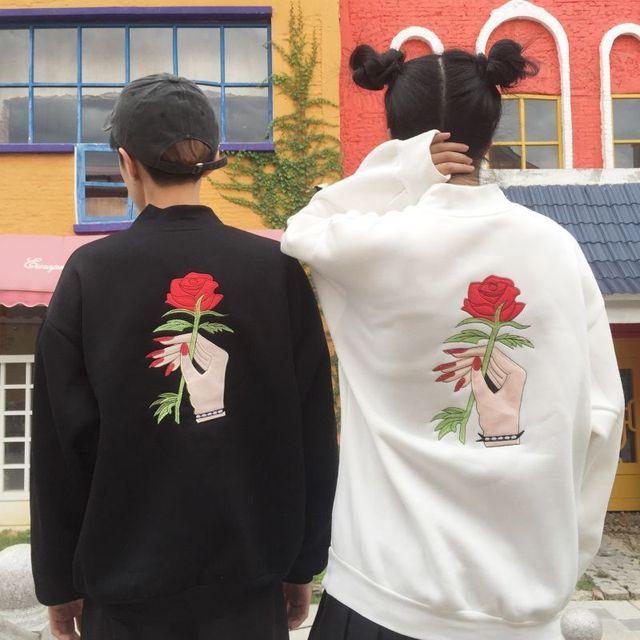 2017 mulheres Harajuku outono inverno hoodies camisolas pulôveres de manga longa causal sólida ulzzang feminino rose impressão bordado