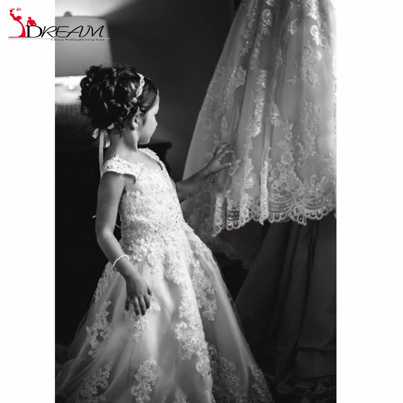 bf59ee9223bd8 2017 Lace Flower Girls Dresses For Weddings V Neck Spaghetti Sequins  Appliques Tulle Satin Sweep Train Pageant Dresses For Girls-in Dresses from  Mother ...