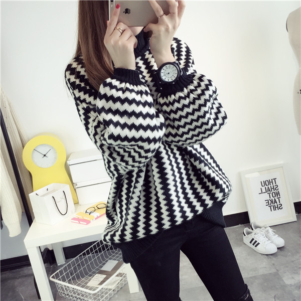 2018 Autumn And Winter New Korean Version Of The Bubble Sleeve Pullover Sweater Coat College Wind Women Geometric Tops