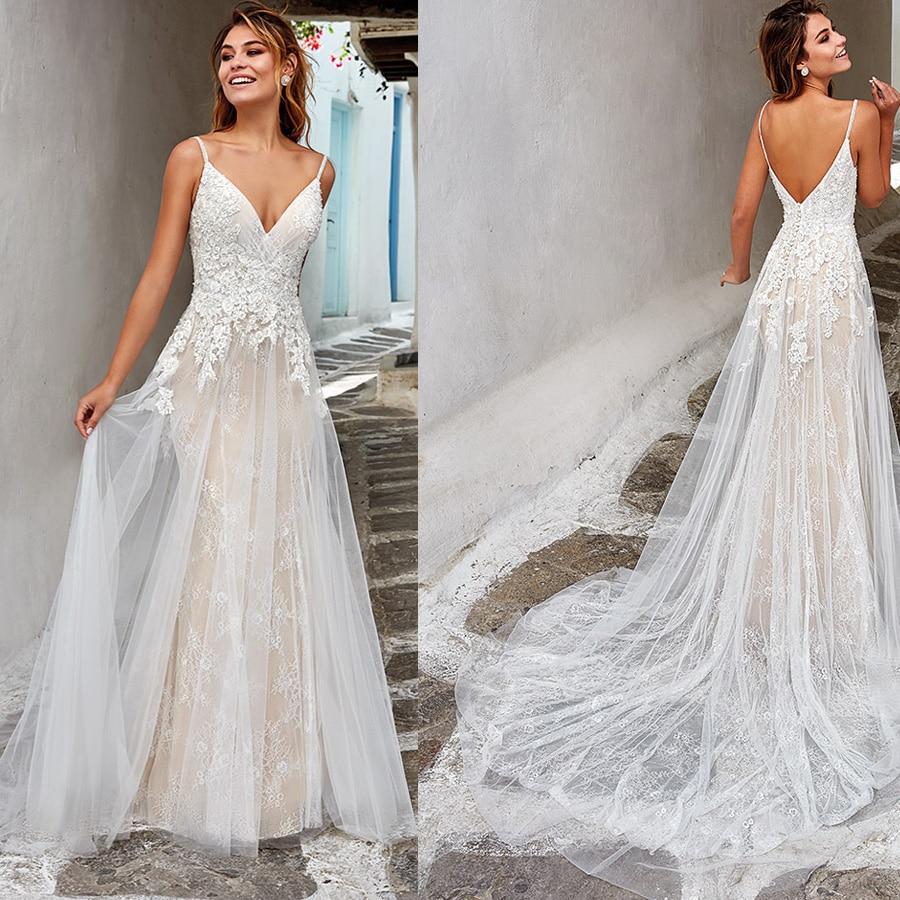 Unique Lace V-neck Applique A-line Backless Wedding Dress With Button Sweep Train Spaghetti Straps Bridal Dress Vestido De Novia