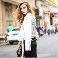 2016 Новая Коллекция Весна Мода Белый Цвет Письма ИСКУССТВЕННАЯ Кожа Куртка для женщин С Поясами и Epaulet Пиджаки весте ан cuir femme 1609