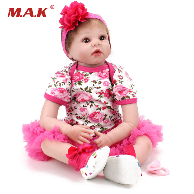 "55cm Silicone Reborn Dolls Model Toys 22"" Lovely Girl Baby Model Newborn Doll Model With the Floral Dress Clothing Kids Gifts"