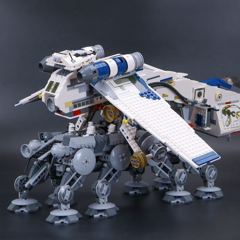 LEPIN 05053 star New wars 1788pcs Republic Dropship with AT- Walker OT Model Building blocks Bricks legoINGlys 10195 birthday lepin 05053 1788pcs star series wars republic dropship with at ot walker building blocks bricks set compatible 10195 toys