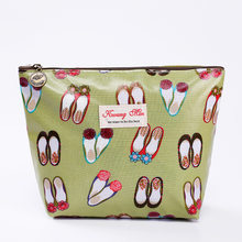 2019 New Chic Makeup Bags With Cute Shoes Pattern Cosmetics Pouch For Travel Ladies Pouch Women Wash Bag Waterproof Wholesale(China)