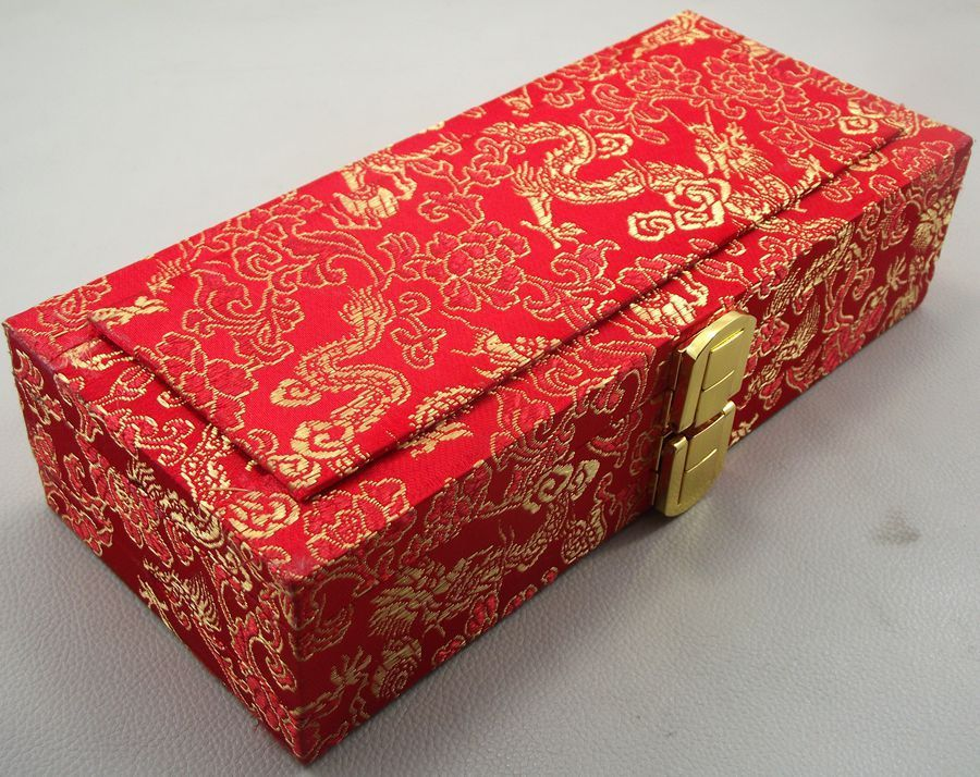 ФОТО Chinese silk oboe reeds case hold 40 pcs reeds box Red Color