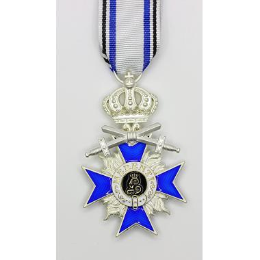 EMD Bavarian Merit Cross 4th Class With Crown And Swords#
