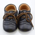 Recién nacido Niño Niña Bebé Zapatos de Cuero de LA PU de Encaje Antideslizante Zapatos Casuales 0-18 M