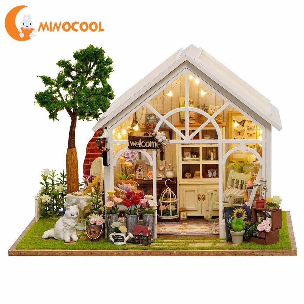 Bricolage maison à la main Miniature maison de poupée jouet maison en bois cadeau d'anniversaire innovant avec mouvement de musique pour anniversaire des enfants