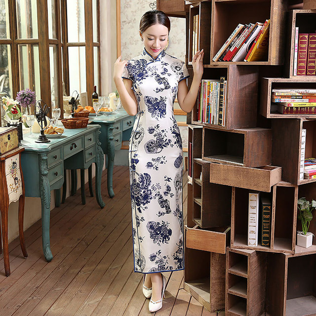 Classic Chinese Women s Silk Cheongsam Traditional Style Long Qipao Dress  Mujer Vestido Clothing Size S M L XL 7880405db199