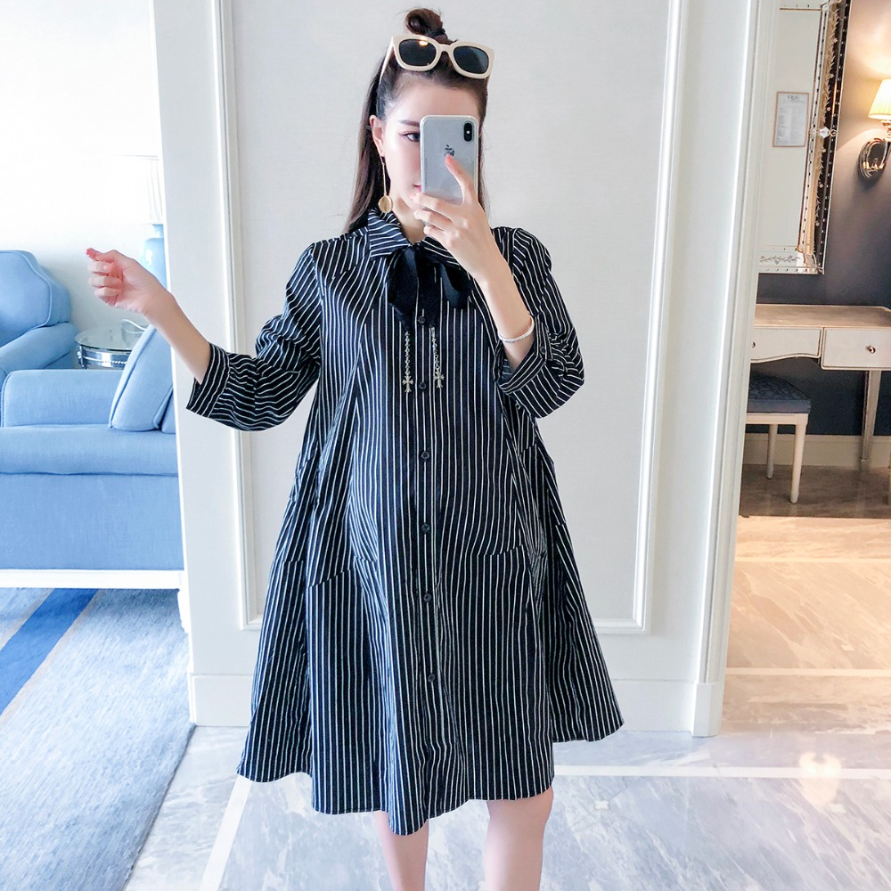 Pregnant women autumn dress 2018 new fashion vertical stripes loose maternity dress half sleeve temperament shirt skirt elegant women lace patchwork half sleeve t shirt mini dress