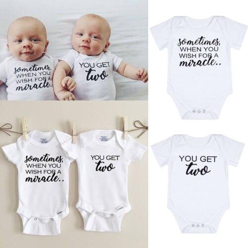 91aaa08b65aa 2017 Одежда для новорожденных Обувь для мальчиков Обувь Для Девочек Цельный  Корректирующие боди для женщин соответствия Близнецы пуловер наряды 0 18 м  ...