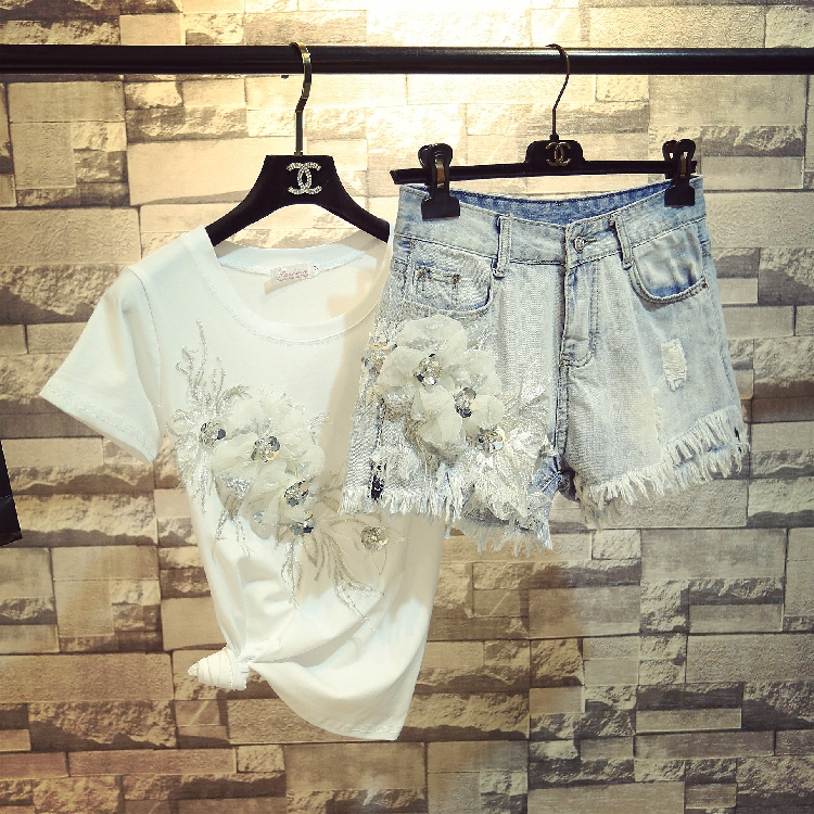 2018 Summer New Fashion Girls'  Fashion 3D Flowers Short Sleeve T-shirt + Denim Shorts Twopiece Women Tassel Hole Jeans Sets