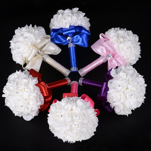 Barato Blanco de La Boda Ramo de Novia Dama de Honor Ramo Broche de Flor Color de Rosa Artificial Ramo de Flores de La Boda Ramos de Novia