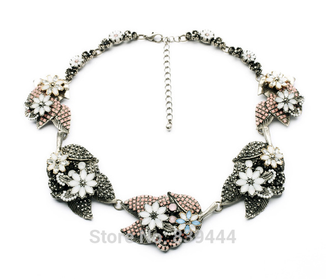 New Dessin Factory Sales Hot Jewelry Elegant Lady Big Unique Flower Glass Crystal Jewelry Chunky Necklace