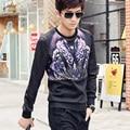 FanZhuan homem série de moda dos homens Livres do Transporte casual masculino New costura t-shirt da cópia do leopardo t shirt do Remendo bordado 615171