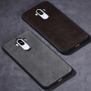 Image 5 - Wangcangli marka wszystkie ręcznie robione oryginalne futro telefon etui na Huawei Honor V10 wygodny w dotyku All inclusive etui na telefon