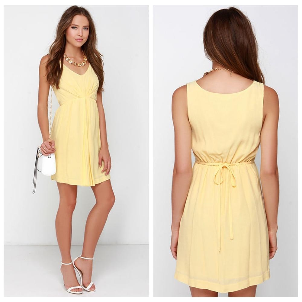 Fashion Light Yellow Short Bridesmaid Dresses 2017 V