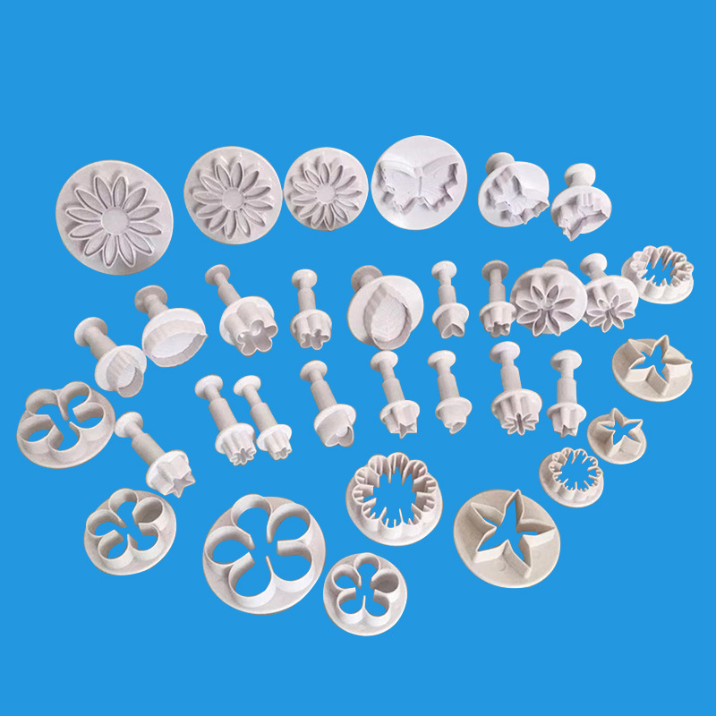 33pcs Sugarcraft Cake Decorating Tools Fondant Plunger Cutters Cake Tools Cookie Biscuit Cake Mold Bakeware Accessories