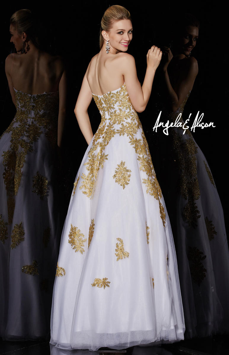 2017 White and Gold Lace Black masquerade Beaded Ball Gowns robe de ...