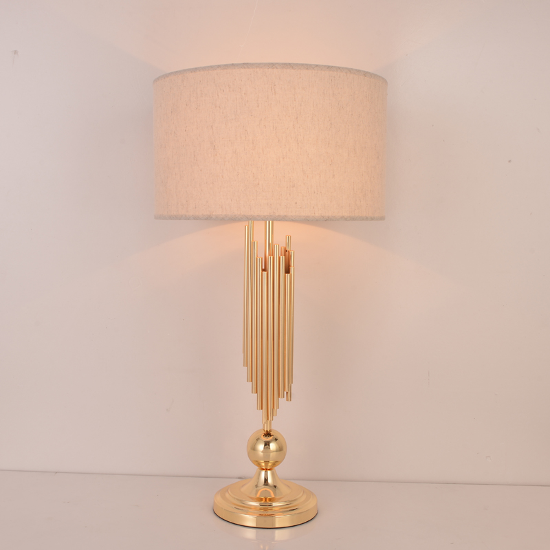Lampe tubulaire en métal doré blanc Beige noir abat-jour décor lampe de Table chambre lampe de chevet salon maison lumière Abajour