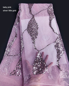 Image 4 - Khủng cổ điển Handwork pháp ren Amazing cưới vải tuyn với tất cả các vòng tay nhỏ hạt pha lê đôi kim sa lấp lánh 5 thước