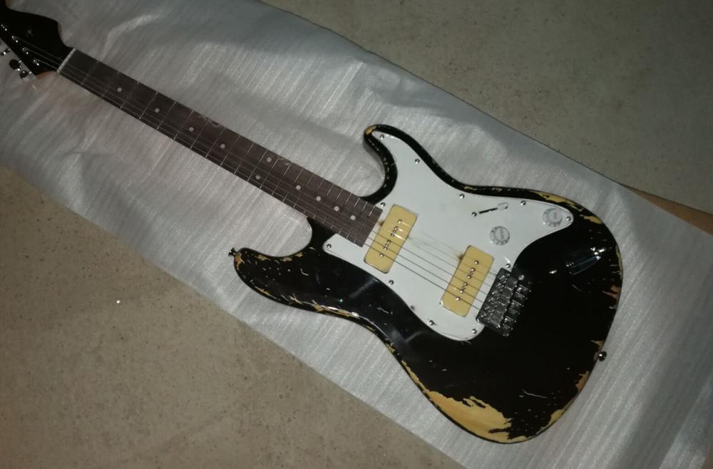 Black retro guitar, Rosewood fingerboard, white shield, light yellow pickup, can be customized as required, free delivery