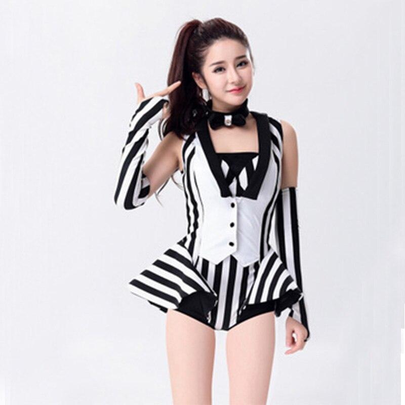 c77383079a18 2019 nuevos trajes de baile Sexy para mujer Dj 2 piezas (Top + Shorts) ropa  de actuación con diseño de rayas blancas negras Ds Jazz Singer