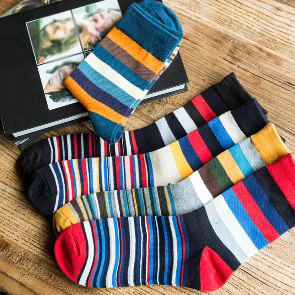 SIZE 41-46 Funny Pattern crew socks New Striped Combed autumn and winter fashion cotton socks men Casual happy socks Meias