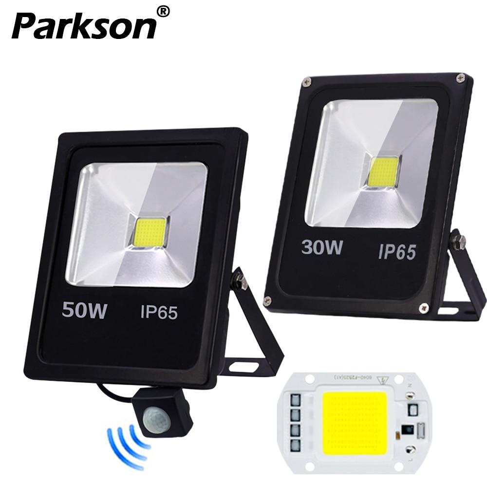 Motion Sensor LED Flood Light Waterproof IP65 10W 30W 50W Reflector Floodlight Lamp AC 220V foco Led Exterior Spot Outdoor Light reflector con sensor de movimiento